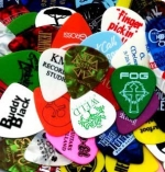 guitar-pick-selection