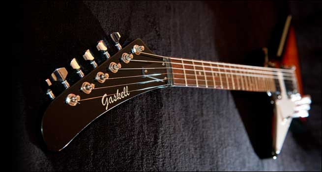 Gaskell Classic I Left Handed Explorer Review Gibson