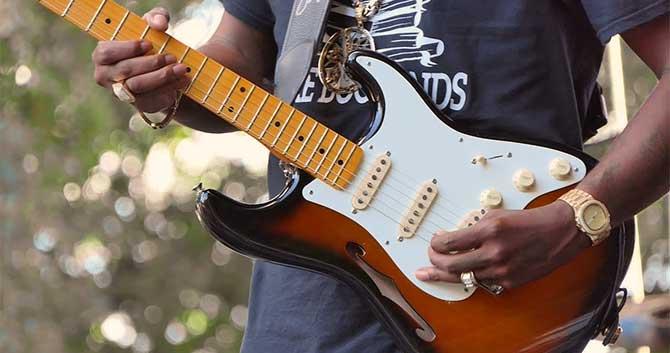Upside Down Left Handed Guitar